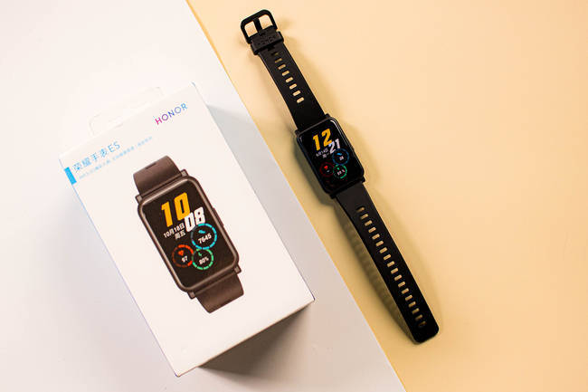 荣耀手表es配置怎么样?多少钱?全面评测